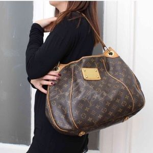 🔥HOBO🔥Galliera pm Louis Vuitton bag